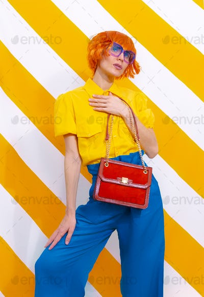 Retro Model holding bag