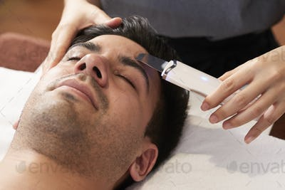 Ultrasound face cleaning