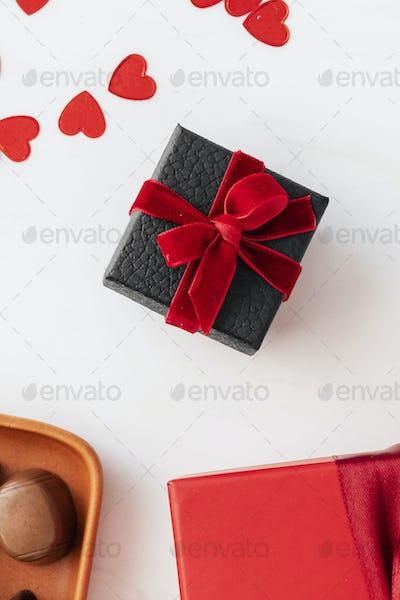 Black present by chocolates wallpaper