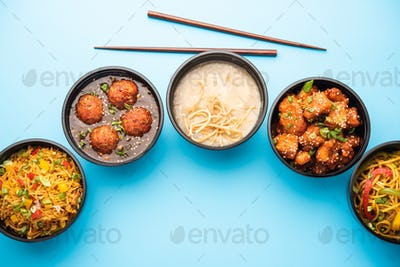 Home delivery of Indian chinese food in plastic boxes in group