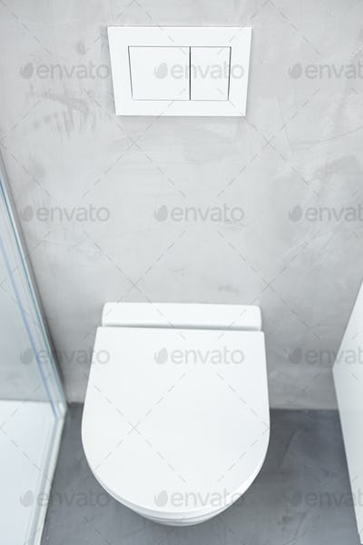 Wall mounted or suspended toilet or WC