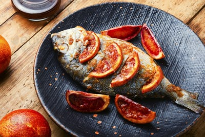 Roasted dorado fish