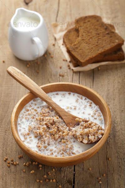 buckwheat groats with milk