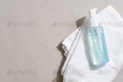Transparent plastic cosmetic foam pump bottle mock-up