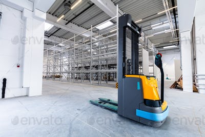 Pallet jack in new warehouse