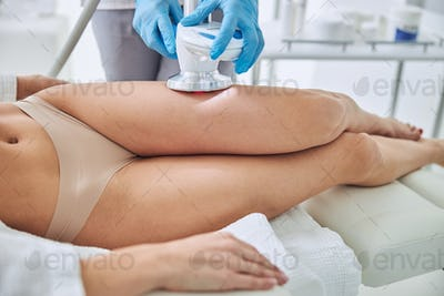 Image of non surgical body sculpting in wellness center