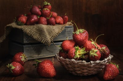 ripe berry (strawberry)