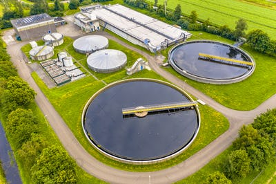 Water treatment plant for sewage waste water
