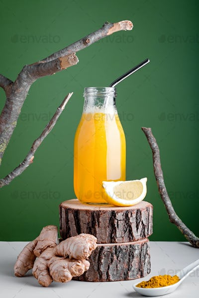 Immune system boosting drink or smoothie with ginger, lemon and turmeric