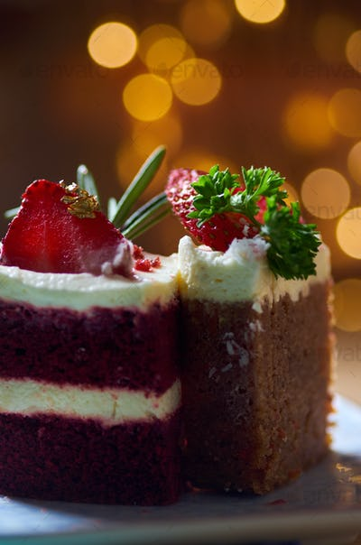 Close-up view of the slice of cakes