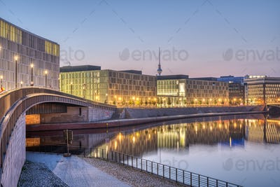 Early in the morning at the river Spree in Berlin