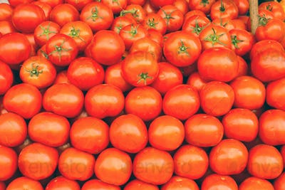 A pile of tomatoes