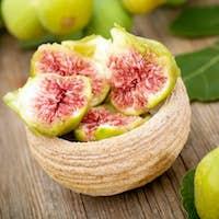 Fresh white figs
