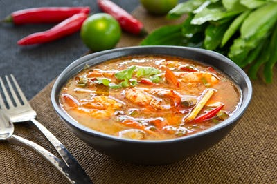 Thai Sour and spicy prawn soup [Tomyum kung ]