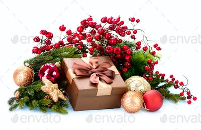 Christmas Decoration and Gift Box Holiday Decorations Isolated o