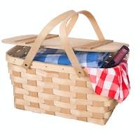 Picnic basket and wine