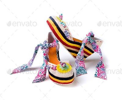 Ethnical wedge high heels with bandana ankle strap mounted