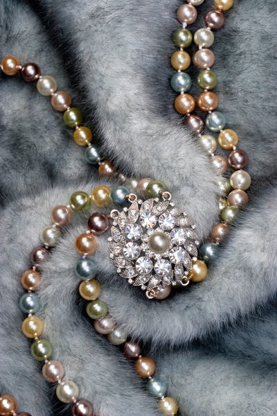 Nacklace on fur