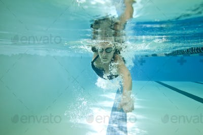 female competition swimmer