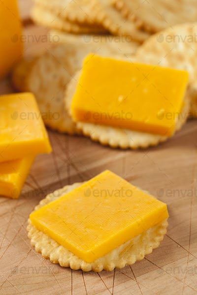 Cheese and Cracker Appetizer