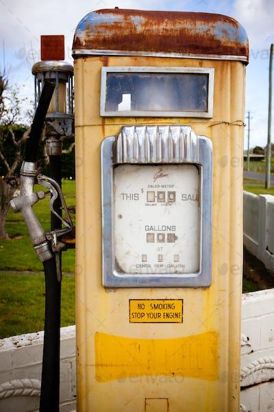 Bracknell gas pump