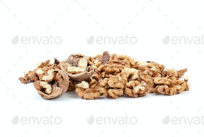 Cracked walnuts and kernels