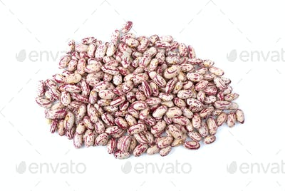 Pile of white-red spotty haricot beans