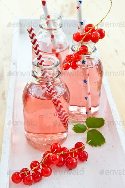 Homemade lemonade with red currant