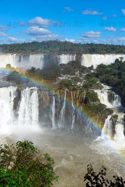The marvelous Iguazu falls