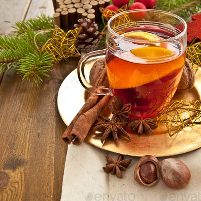 Hot beverage with spices