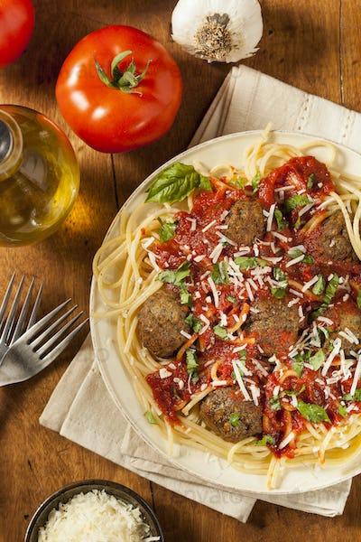 Homemade Spaghetti and Meatballs Pasta