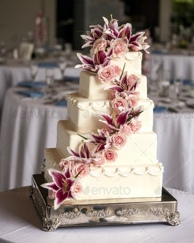 elaborate five tiered wedding cake
