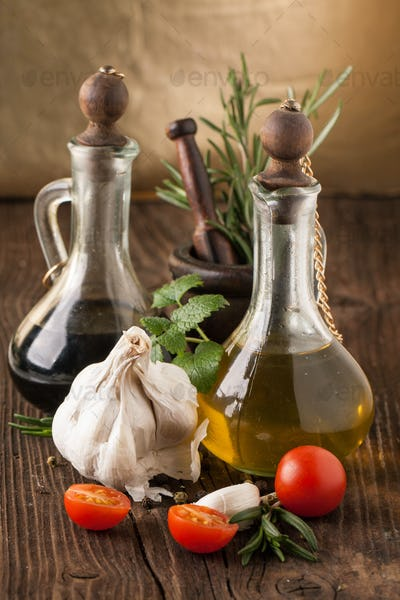 olive oil and vinegar, gralic, tomatoes with herbs