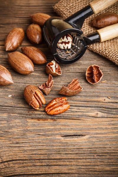 Cracked pecan nuts
