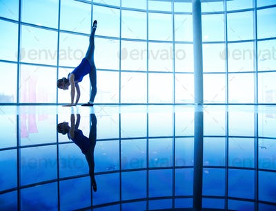 Ballet stretching