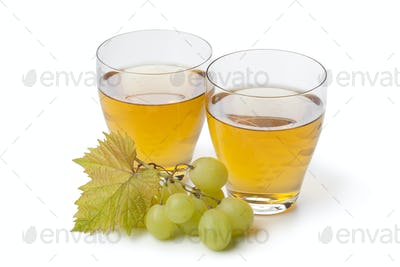 Fresh white grape juice