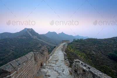 the great wall  in dawn