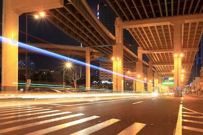 night traffic under the viaduct