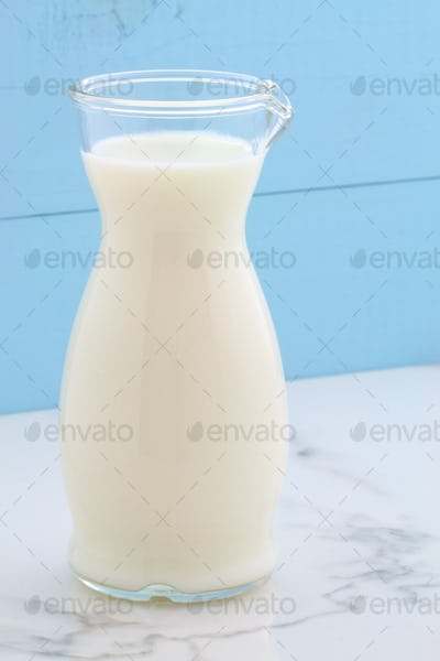 Fresh milk carafe