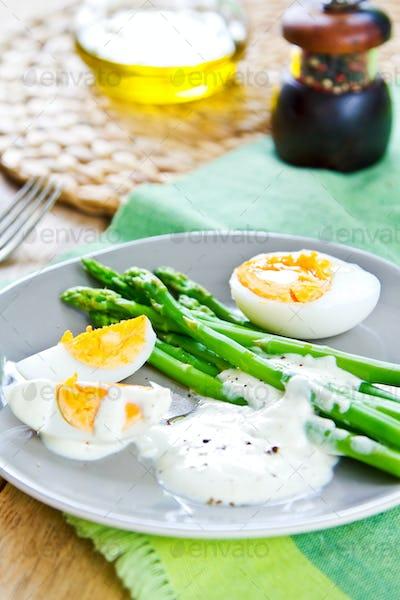 Asparagus with boiled eggs